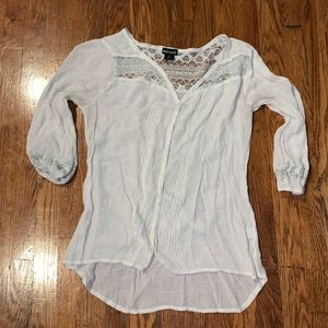 Wet Seal 🌧 White Peasant Top 🌧